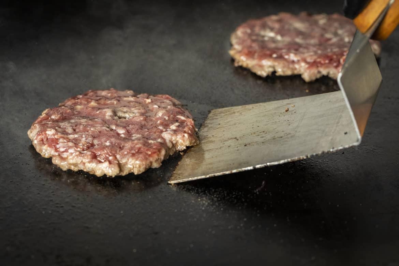 Best Spatula for Smash Burgers