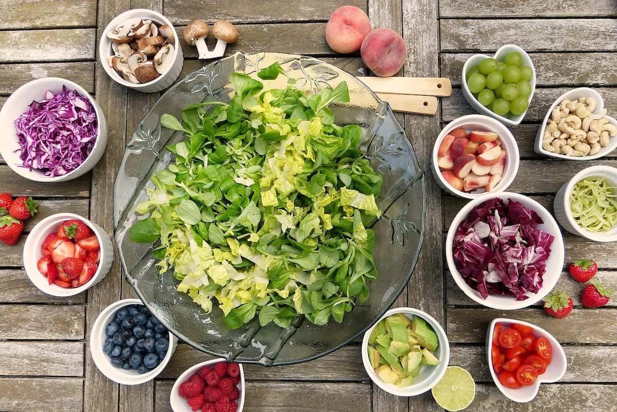 Can You Freeze Salad Putting