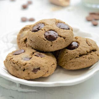 Chocolate Chip Cookies With Oat Flour