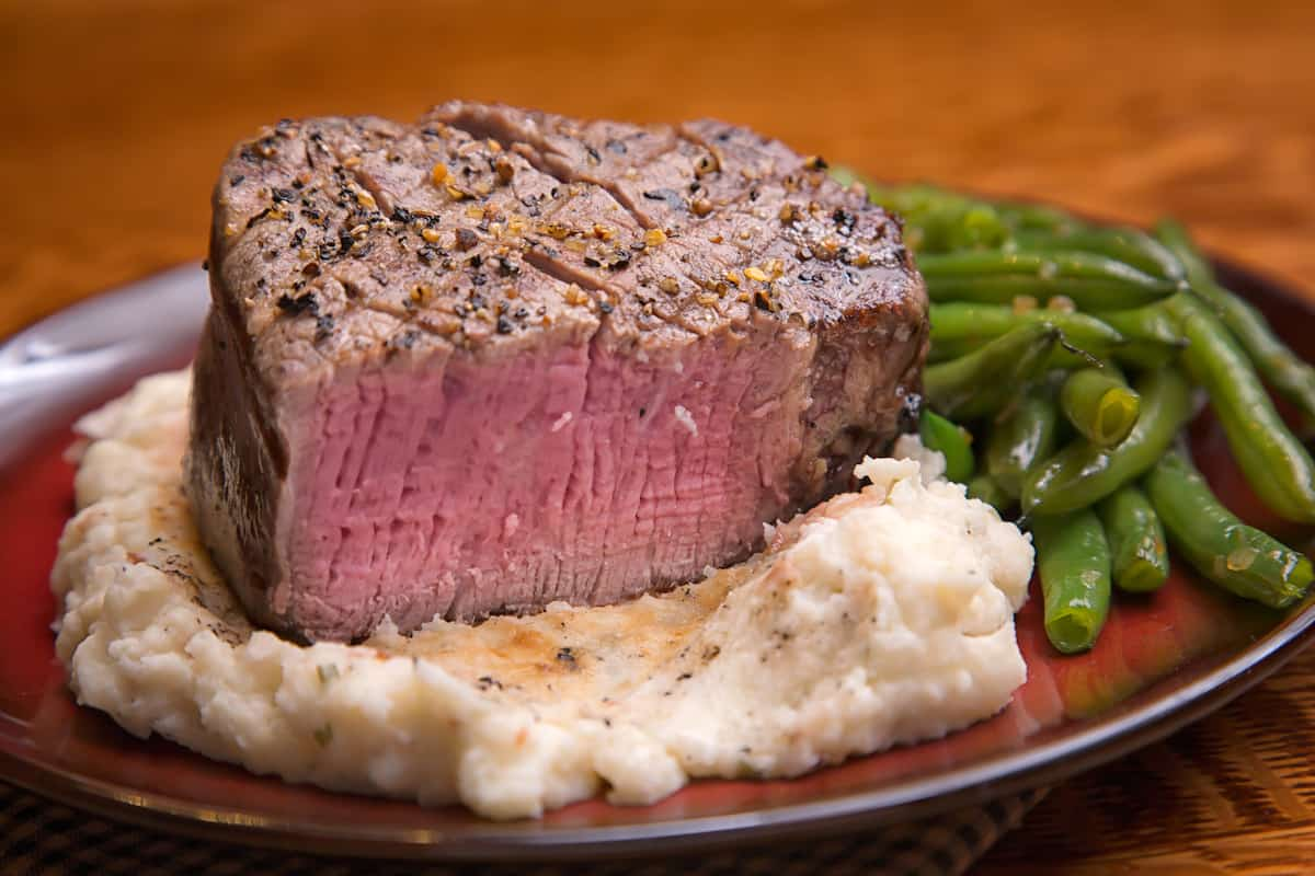 How To Reheat Filet Mignon - The Best Way - Foods Guy